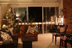 Stylish christmas living room decor ideas cozy