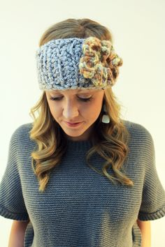 Crochet headband! ( no directions but so simple and great inspiration)