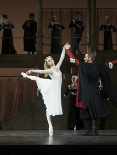 Ida Praetorius in Neumeier's Romeo & Juliet – Photo: © Costin Radu / Royal Danish Ballet