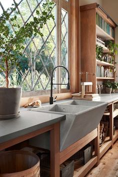 Interior greenhouse/garden shed Large concrete sink to water plants or clean off newly potted ones so easy. Durable and deep. Concrete Sink, Concrete Kitchen, Concrete Countertops, Polished Concrete, Garden Sink, Outdoor Sinks, Outdoor Kitchen Sink, Big Kitchen, Farm Sink