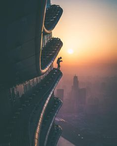 Stunning Pictures from the Top of Shanghai Skyscrapers – Fubiz Media