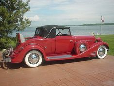 1933 V-16 Cadillac Convertible Coupe