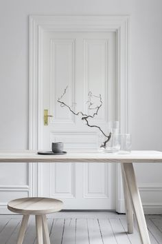 Table Ash. Melo - Handcrafted minimalism. www.melostudio.se