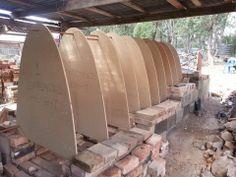 Arch forming; Lise Edwards kiln rebuild 2014, Australia