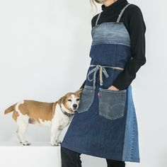 DL BACKTOECO. Socialrecycled products made in Barcelona.  100% recycled full body jeans apron Adjustable, cross-legged denim strap from Texan seams