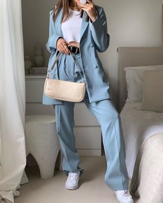 Likes, 131 Comments - max 🐉 fashion Classy Outfits, Stylish Outfits, Vintage Outfits, Looks Style, Style Me, Look Fashion, Fashion Outfits, Mode Ootd, Look Blazer