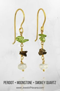 August Birthstone Jewelry: Peridot is the traditional August birthstone and Wedding Anniversary Gemstone for the 16th year of marriage. These Peridot and Moonstone earrings would make a lovely August birthday gift! #peridot #peridotjewelry #pearljewelry #pearls #birthstonejewelry #augustbirthstone #birthdaygiftidea #jewelofhavana #gemstonejewelry #16thanniversary