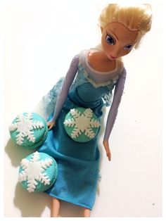 Perfect for frozen theme party and dessert tables. Product Catalogue, Frozen Theme Party, Dessert Tables, Macarons, Party Themes, Japanese, Inspired, Disney Princess, Disney Characters