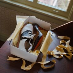 Stoker_Saddle shoes box_Photograph by Mary Ellen Mark