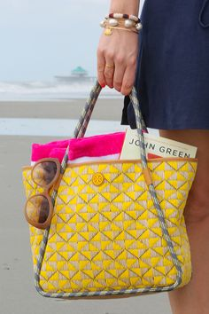 Blogger Classy Girls Wear Pearls carrying a Tory Burch tote
