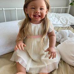 Reborn Toddler Girl, Baby Girl Dolls, Adele Photos, Reborn Nursery, Dolls For Sale, Reborn Dolls, Beautiful Dolls, Size Clothing, Infant