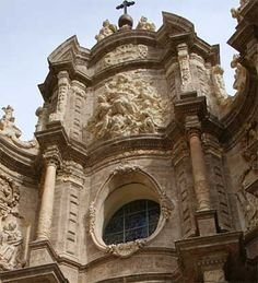 Valencia cathedral detail of the Cathedral located above the Hierros (Baroque) doorway Click on the above photo for a larger, zoomed out view, of the Hierros doorway.