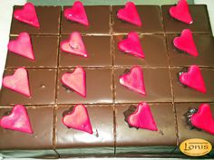 Πάστες - Αγ.Βαλεντίνου #valentinesday Valentines, Fruit, Shoes, Valentine's Day Diy, Zapatos, Shoes Outlet, Valentines Day, Shoe, Footwear