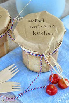 DIY, Kuchen im Glas, Geschenk, Einzug, Päckchen, Geschenk aus der Küche, Walnuss, Apfel