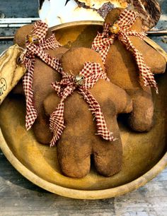 Primitive Gingerbread men