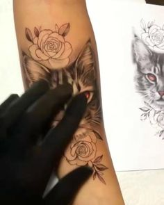 Cover Up Tattoos, Fake Tattoos, Mini Tattoos, Flower Tattoos, Body Art Tattoos, Sleeve Tattoos, Full Hand Tattoo, Realistic Tattoo Sleeve, Tattoo Diy