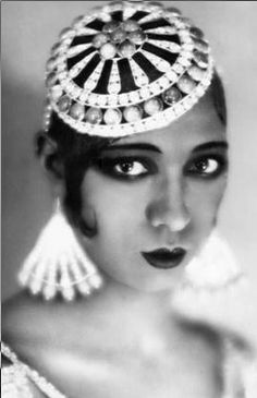 Josephine Baker, I have loved this woman and her style since the 4th grade... #icon