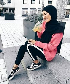 Sporty pants with white line-Hijab outfits for the gym – Just Trendy Girls