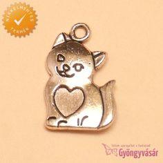 Ezüstszínű szerelmes cica - fém fityegő