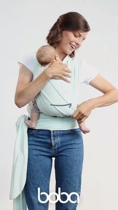 Baby Life Hacks, Baby Carrying, Baby Wrap Carrier, Baby Care Tips, 1 Place, Baby Health, Baby Wraps, Baby Needs, Baby Time