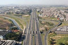 Trevo Dutra-Fernão Dias, Guarulhos,São Paulo - (Edson Queiroz)