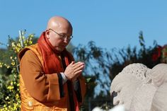 Science Just Confirmed One of Buddhism's Main Ideas http://sco.lt/...