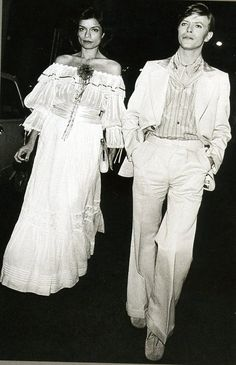 Bowie out with Bianca Jagger, Paris, July 1977