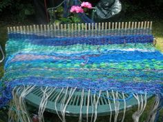 "Peg Loom Weaving from ""Weaving Me Home"" Blog. LOVE these colors!!!"