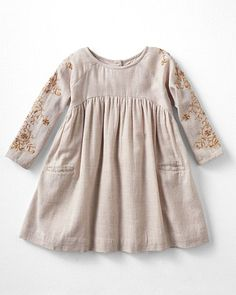 Baby clothes should be selected according to what? How to wash baby clothes? What should be considered when choosing baby clothes in shopping? Baby clothes should be selected according to … Little Girl Fashion, Little Girl Dresses, Fashion Kids, Girls Dresses, Dress Girl, Baby Dresses, Fashion 2016, Latest Fashion, Dresses Dresses
