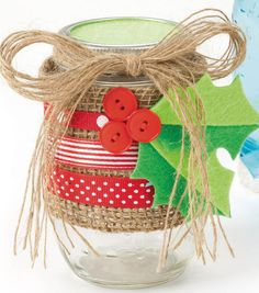 Holiday @Ball® Canning jar decorated with burlap and holly! #simplycreativechristmas