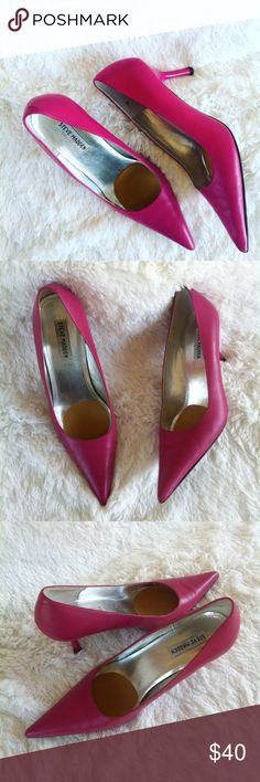 Steve Madden hot pink pointy toe pumps Soo adorable!Shoes are in excellent condition .gotta love the color!leather material.size 10..OFFERS ACCEPTED! Steve Madden Shoes Heels