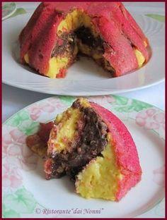 E' un tipico dolce reggiano , molto diffuso in Emilia Romagna e non solo, anticamente occupava un posto di prim'ordine sulla tavola, pe...