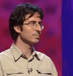"""curxio: """" Sometimes all you need is a reassuring nod from early-2000′s-era John Oliver. """""""