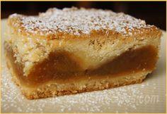Apple Cake (Szarlotka) polish apple cake with a caramel apple filling