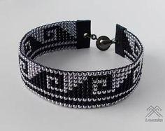 Artículos similares a Mens bracelet – Beaded bracelet – Loom beaded br… Beaded Bracelets Tutorial, Bead Loom Bracelets, Beaded Bracelet Patterns, Bead Loom Patterns, Bracelets For Men, Beading Patterns, Beaded Jewelry, Unique Jewelry, Bracelet Men