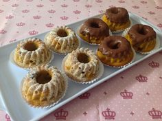 Mini Bolo Gourmet no saquinho Mini Tortillas, Mini Cakes, Cupcake Cakes, Mini Cheescake, Dessert Packaging, Brunch Wedding, Mini Foods, Chocolate, Mini Desserts
