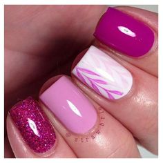 Image via Red nails gold accents Image via Pretty Short Nail Designs For Spring and it's Nerium colors Image via Simple Nail Art Designs for Short Nails Image via fun summ Chic Nail Designs, Pretty Nail Designs, Short Nail Designs, Simple Nail Designs, Great Nails, Love Nails, Simple Nails, Pink Nail Art, Pink Nails