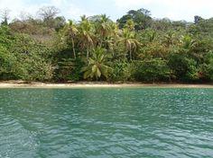 Playa en Isla Grande, Colon, Panama