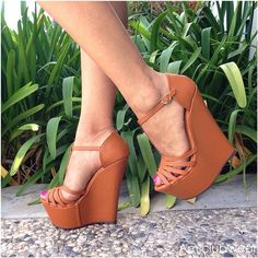 Simple and adorable wedges ♡