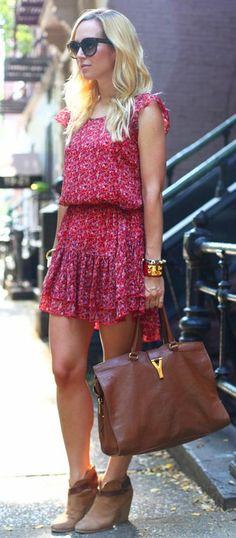 Vestido estampado com botinhas! #modafeminina #feminino