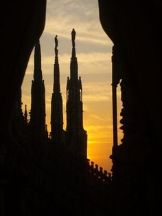 Milan, Italy, Province of Milan, Lombardy good night . Shadow Silhouette, Expo 2015, Sunset Pictures, Beautiful Sunset, Sunrise, Scenery, Places To Visit, Around The Worlds, Europe