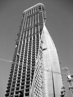 Al Hamra Firdous Tower / SOM - 11 - Kuwait City