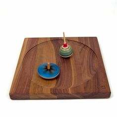 Walnut Plate for Spinning Tops - The Wooden Wagon