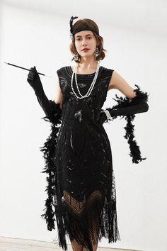 Womens Gatsby Sequin Art Deco Fringed Cocktail Flapper Dress - Flapper Dresses - Ideas of Flapper Dresses Flapper Costume, Flapper Dresses, Juice Joint, Christmas Dance, Great Gatsby Party, 1920s, Cocktails, Honey, Art Deco