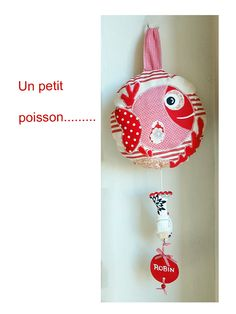 Doudou musical poisson rouge, personnalisable avec un prénom : Jeux, peluches, doudous par ephemerecollection