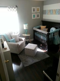 LOVE LOVE LOVE – among other things … – Colorful Baby Rooms Baby Boy Nursey, Baby Boy Room Decor, Baby Bedroom, Baby Boy Rooms, Baby Boy Nurseries, Nursery Room, Baby Nursery Ideas For Boy, Room Baby, Boy And Girl Shared Bedroom
