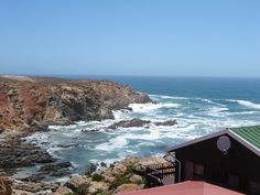 Mooiste in die hele Suid-Afrika. Wooden House, Open Plan Kitchen, Garages, Jacuzzi, Strand, The Outsiders, Bathrooms, Flat, How To Plan
