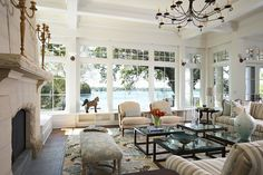 Traditional living room (by Billy Beson Co.)