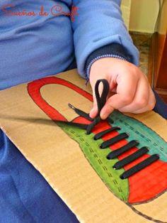 Pedagogia Brasil: Aprenda como ensinar a criança a amarrar sapatos