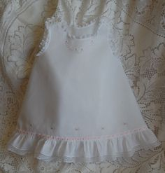 Vintage Embroidery The Old Fashioned Baby Sewing Room: White Wednesday - Baby Slip Dress Little Girl Dresses, Girls Dresses, Vintage Baby Dresses, Vintage Embroidery, Vintage Sewing, Embroidery Stitches, Hand Embroidery, Christening Gowns, Heirloom Sewing